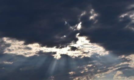 Onweerswolken boven het hoofd
