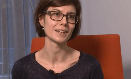 Moniek: Medewerker Marketing for Fopas Observo